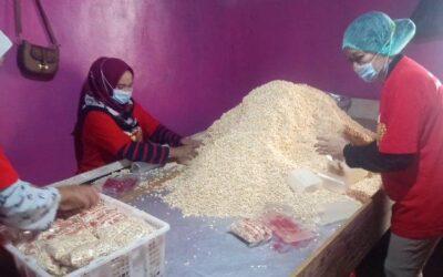Intip Bisnis 'Tempe Asli HB' Milik Dedeng di Kota Jambi, Dalam Sehari Mampu Produksi 2.500 Tempe
